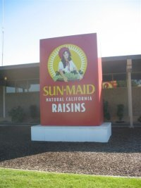 Dancing_raisins-1sunmaid